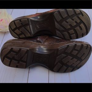boc Shoes - BOC Coffee Tooled Peggy Clog 9.5M
